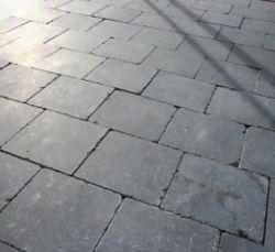 Bluestone tegels tuintegels getrommeld 50x50cm prijs per m2